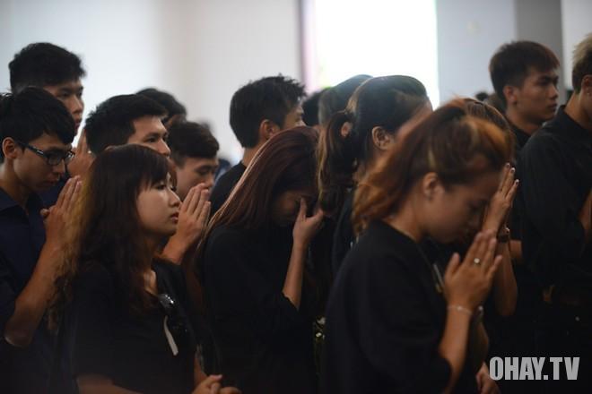 Lễ tang của Toàn Shinoda
