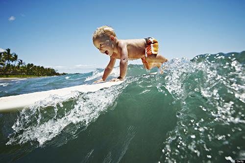 Bộ ảnh những cậu bé chơi lướt sóng cực ấn tượng