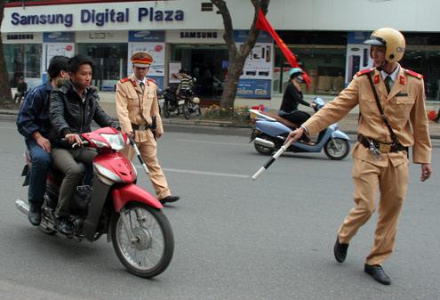 ảnh csgt,cảnh sát giao thông,luật giao thông