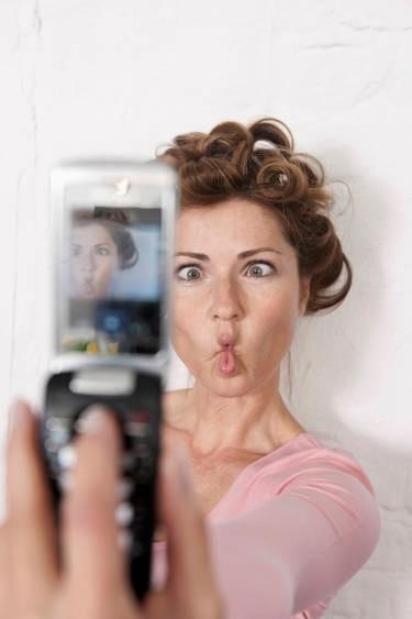 ảnh mẹo chụp hình,chụp hình selfie,chụp hình tự sướng,cách chụp hình