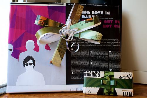 7 cách giúp bạn không phải mua giấy gói quà nữa!