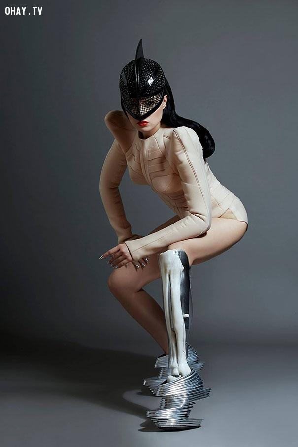 ảnh Viktoria Modesta,ca sĩ một chân