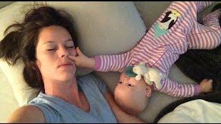 Lý do không nên ngủ chung với em bé