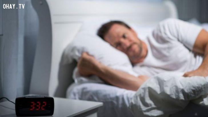 ảnh khó ngủ,mất ngủ,giấc ngủ