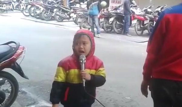 ảnh hát rong,nghệ thuật đường phố,trẻ em đường phố,em bé,trẻ em việt nam