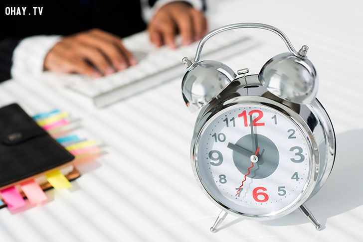 làm việc hiệu quả hơn bằng Nâng cao kỹ năng quản lý thời gian.