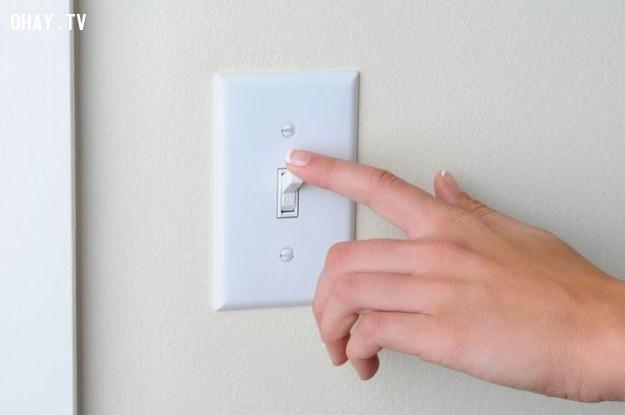 tắt điện