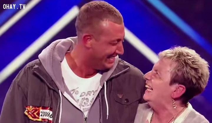 ảnh X Factor,Christopher Maloney,đam mê,theo đuổi đam mê,cảm động