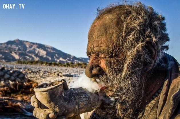 ảnh Amou Hadji,Iran,kỷ lục,không tắm,vô gia cư