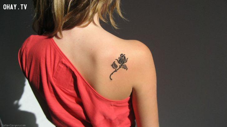 hình xăm hoa hồng đẹp cho nữ