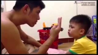 Cười nghiêng ngả với ông bố dạy con trai đếm
