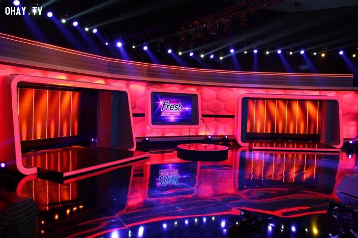Sân khấu của chương trình Người BÍ Ẩn