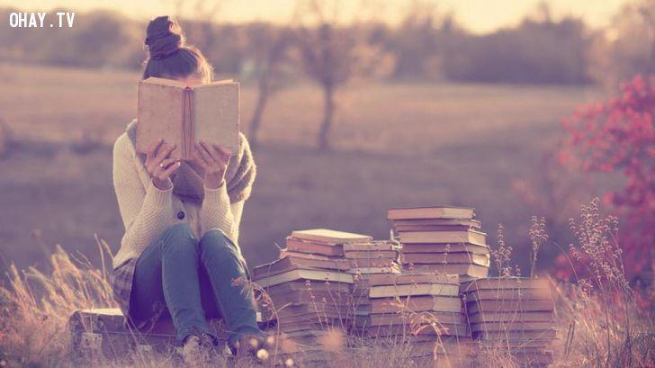 ảnh đọc sách,thành công,kiến thức,lợi ích của việc đọc sách,người thành công
