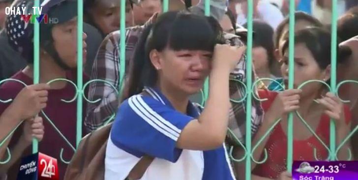 ảnh nữ sinh,bạo lực học đường,nữ sinh trà vinh,nữ sinh bị đánh,đánh hội đồng