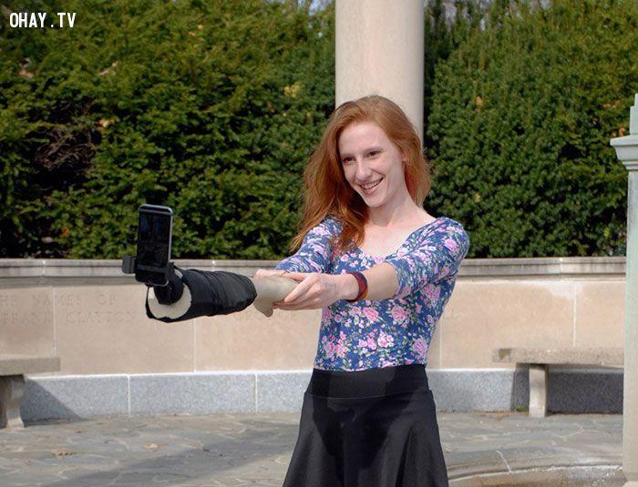 ảnh gậy tự sướng,bàn tay tự sướng,cánh tay tự sướng,chụp hình selfie,chụp hình tự sướng,selfie,cánh tay selfie