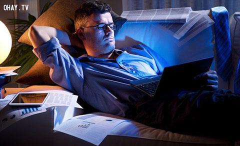 5 điều nên làm khi làm việc khuya