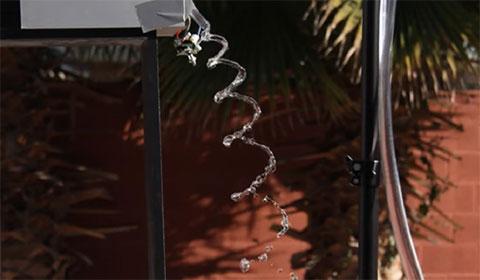 Điều kỳ diệu ky kết hợp nước và âm thanh