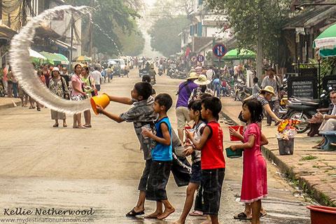 """7 sự thật thú vị """"có thể bạn chưa biết"""" về nước Lào"""