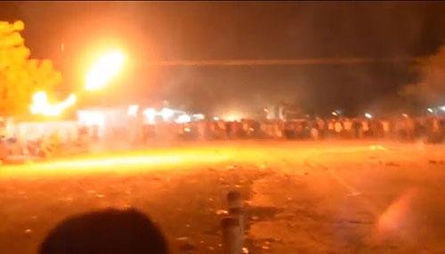 Người dân Bình Thuận ném bom xăng chống trả CA, phản đối nhà máy nhiệt điện Vĩng Tân 2
