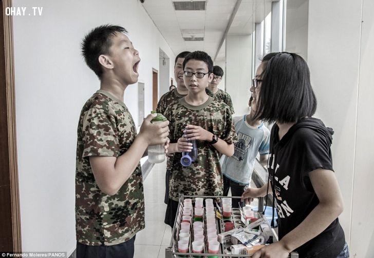 Trại cai nghiện Internet ở Trung Quốc