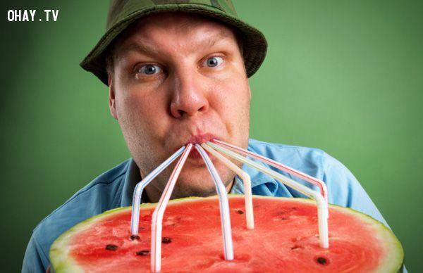 ảnh Dưa hấu,ăn dưa hấu không tốt,dưa hấu không tốt,không tốt cho sức khỏe,ăn nhiều không tốt,sức khỏe