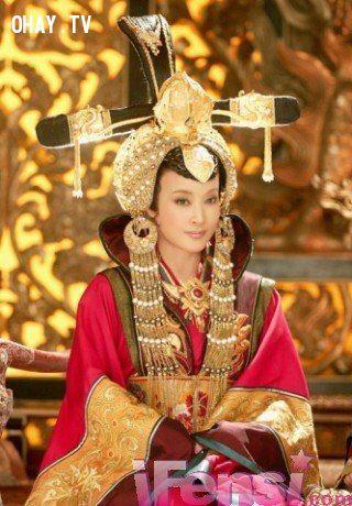 Còn ta là Võ Tắc Thiên version Nữ Hoàng Ai Cập.