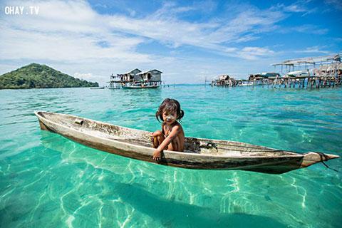 """Khám phá bộ tộc \""""Người cá\"""" bí ẩn sống tại vùng biển đẹp như thiên đường"""