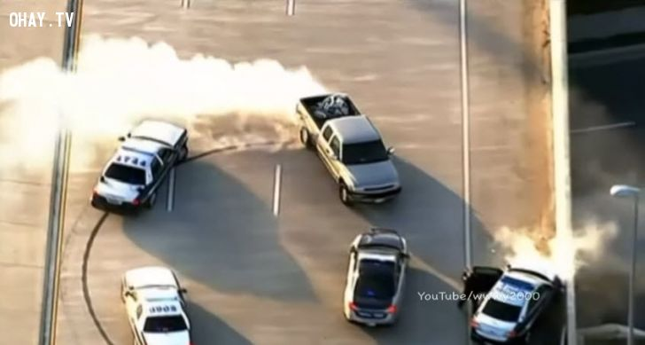 ảnh xe điên,cảnh sát,đuổi bắt tội phạm