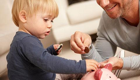 Hãy dạy con cách kiếm tiền trước khi dạy con cách tiêu tiền