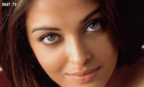 Những đôi mắt đẹp hút hồn của phái nữ