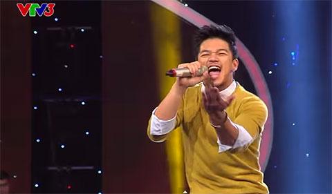 Trọng Hiếu khiến cả 4 BKG của Vietnam idol gật gù nhún nhảy với ca khúc Happy