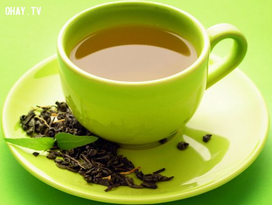 Một tách trà xanh giúp con người thư giãn sau những giờ lao động mệt mỏi, căng thẳng