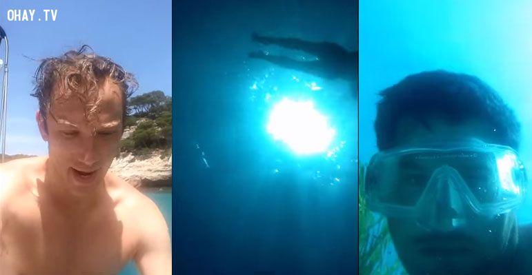 ảnh điện thoại rơi xuống nước,điện thoại rơi xuống biển,điện thoại,selfie