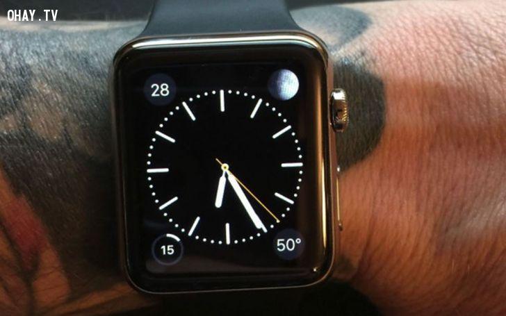 ảnh Apple,smartwatch,hình xăm,đồng hồ thông minh