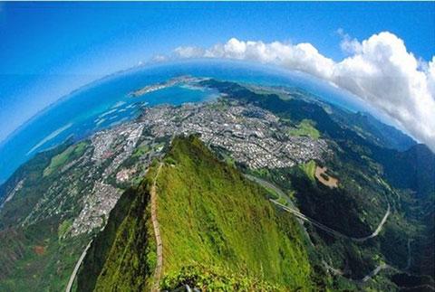 4000 bậc thang dẫn đến thiên đường nơi hạ giới.