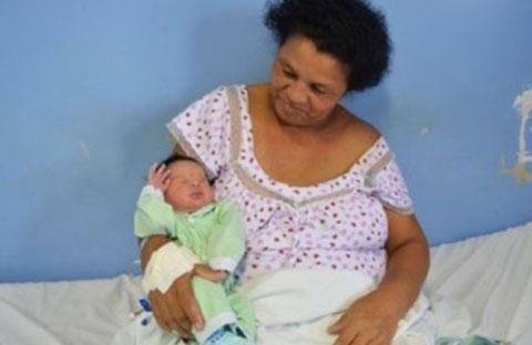 Người phụ nữ này 51 và cô vừa sinh đứa con thứ 21