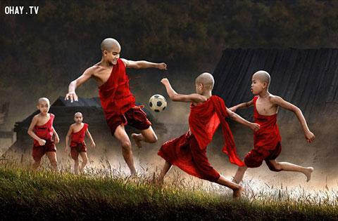 Ký ức ùa về với 30 bức ảnh tuổi thơ tuyệt đẹp