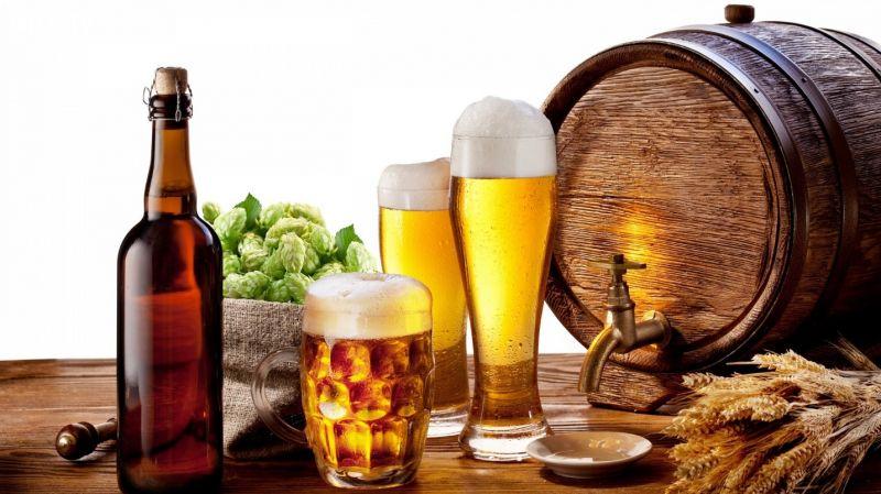 ảnh uống bia,lợi ích của việc uống bia,uống bia có tác dụng gì,tác dụng của uống bia