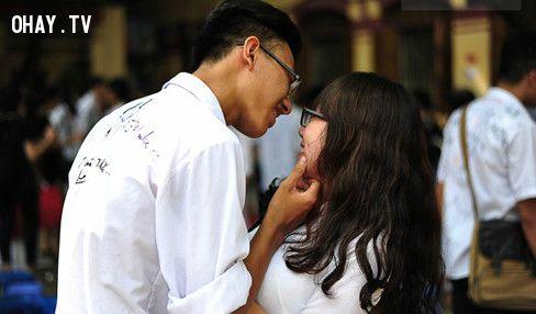 Nụ hôn đầu tiên luôn đáng nhớ và đặc biệt nhất