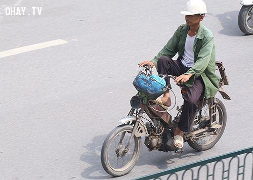 ảnh thu hồi xe máy cũ,thu hồi xe,xe hết hạn sử dụng,hạn sử dụng của xe máy,cách xem hạn sử dụng xe máy