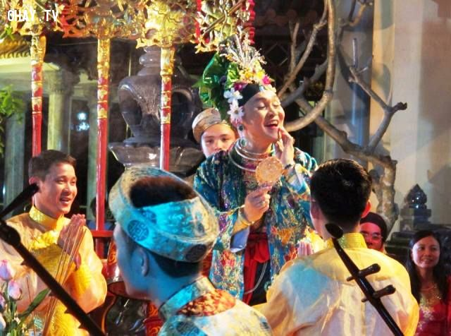 ảnh nghệ sỹ hài Xuân Hinh,Văn Ca Thánh Mẫu 1,cây hài miền Bắc,xuân hinh,hài miền bắc