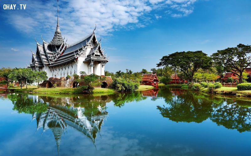 """Thái Lan trong tiếng Thái là Prathet Thai, nghĩa là """"Vùng đất của tự do"""". Trước đó, quốc gia này có tên Siam. Ảnh: Questexchange."""