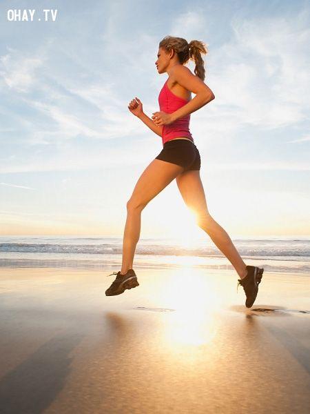 ảnh bài tập thể dục,chân thon,mông cong,thân hình quyến rũ,khắc phục nhược điểm chân to,khắc phục mông xấu,dáng đẹp