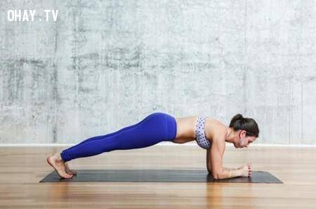 ảnh yoga,động tác yoga cơ bản,săn chắc vóc dáng,bài tập dáng đẹp,yoga thực hiện tại nhà,cách tập yoga