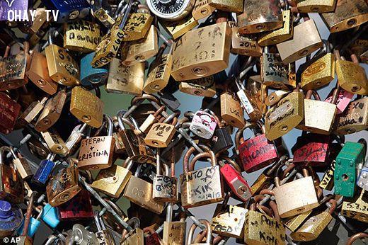 ảnh Ổ khóa,Cầu tình yêu,Paris,Pont des Art,Lãng mạn,Du lịch,khóa tình yêu