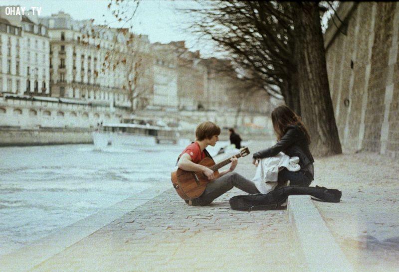 lợi ích của chơi ghita