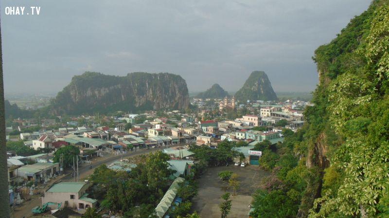 Toàn cảnh thành phố Đà Nẵng khi đứng nhìn từ Ngũ Hành Sơn