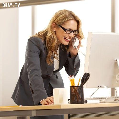 ảnh bênh văn phòng,ngồi lâu,mẹo cho dân văn phòng,ngồi lâu làm việc