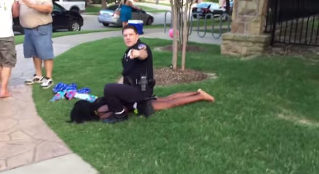ảnh cảnh sát mỹ,phân biệt chủng tộc