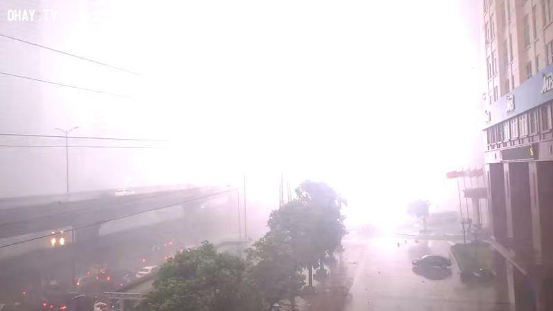 ảnh mưa giông hà nội,sét đánh,mưa lớn,thời tiết